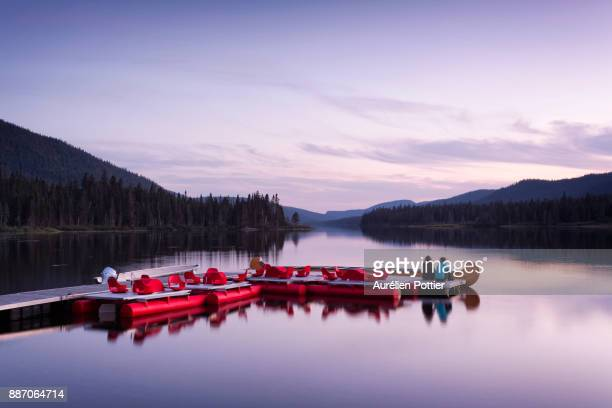 lac cascapédia, one evening on the pier - gaspe peninsula stock pictures, royalty-free photos & images