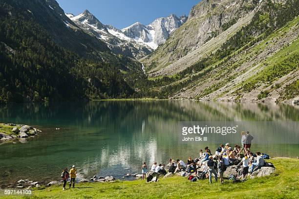 Lac de Gaube lake with hiking group