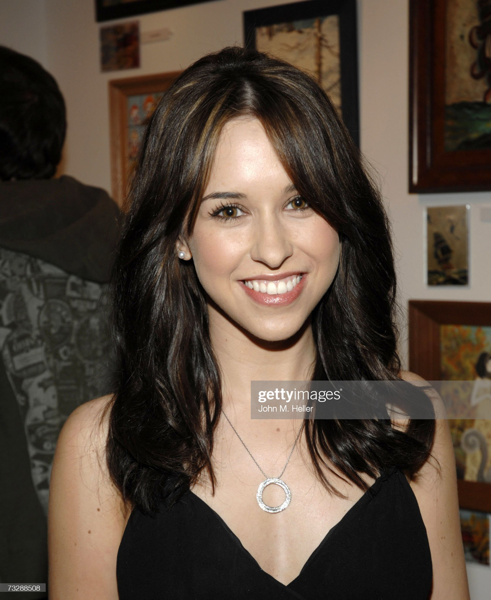 DEBATE sobre guapura de famosos y famosas - Página 3 Lacey-chabert-attends-the-charity-by-numbers-a-benefit-for-the-for-picture-id73288508?s=2048x2048