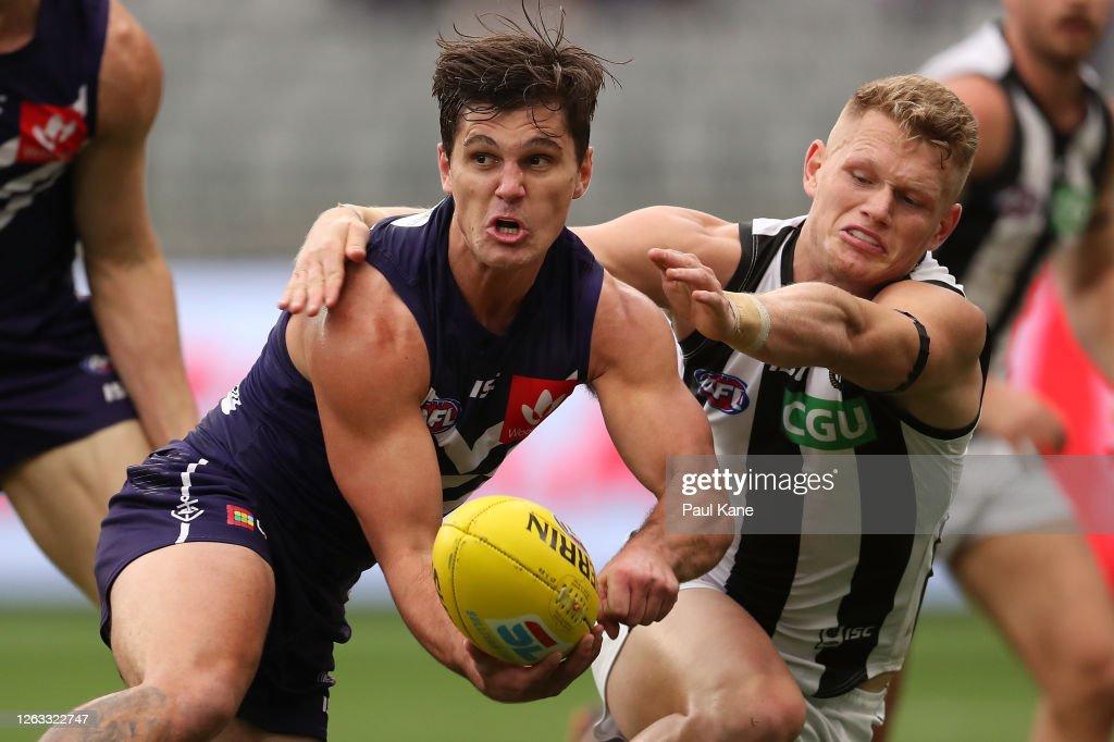 AFL Rd 9 - Fremantle v Collingwood : News Photo