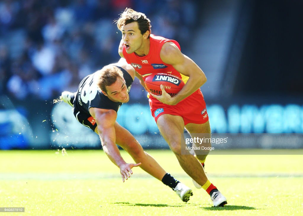 AFL Rd 2 - Carlton v Gold Coast : News Photo