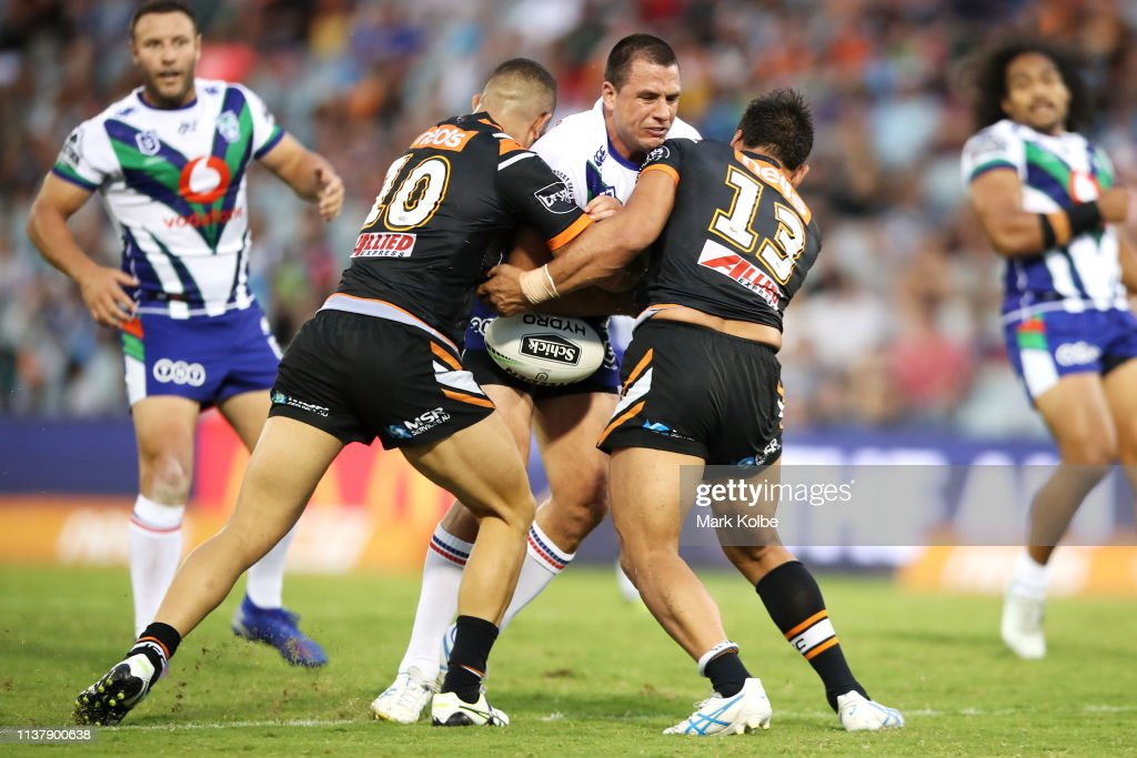 NRL Rd 2 - Wests Tigers v Warriors : News Photo