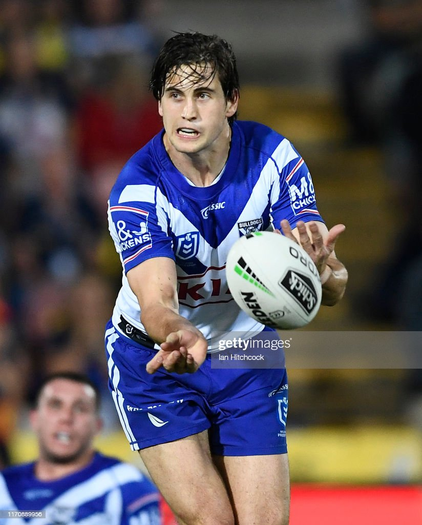 NRL Rd 24 - Cowboys v Bulldogs : News Photo