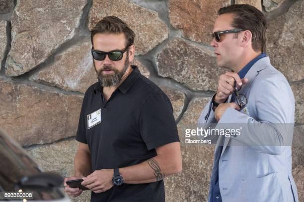 Lachlan Murdoch cochairman of TwentyFirst Century Fox Inc left and James Murdoch chief executive officer of TwentyFirst Century Fox Inc arrive for...