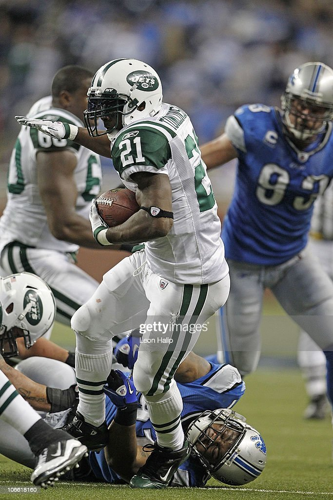 LaDainian Tomlinson #21 of the New York Jets runs for a short gain during the third quarter of the game against the Detroit Lions at Ford Field on November 7, 2010 in Detroit, Michigan. The Jets defeated the Lions 23-20 in overtime.