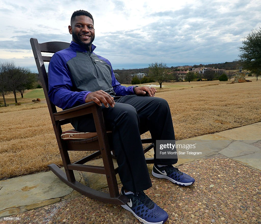 33521fdde6031 LaDainian Tomlinson poses for a portrait at the Vaquero Country Club ...