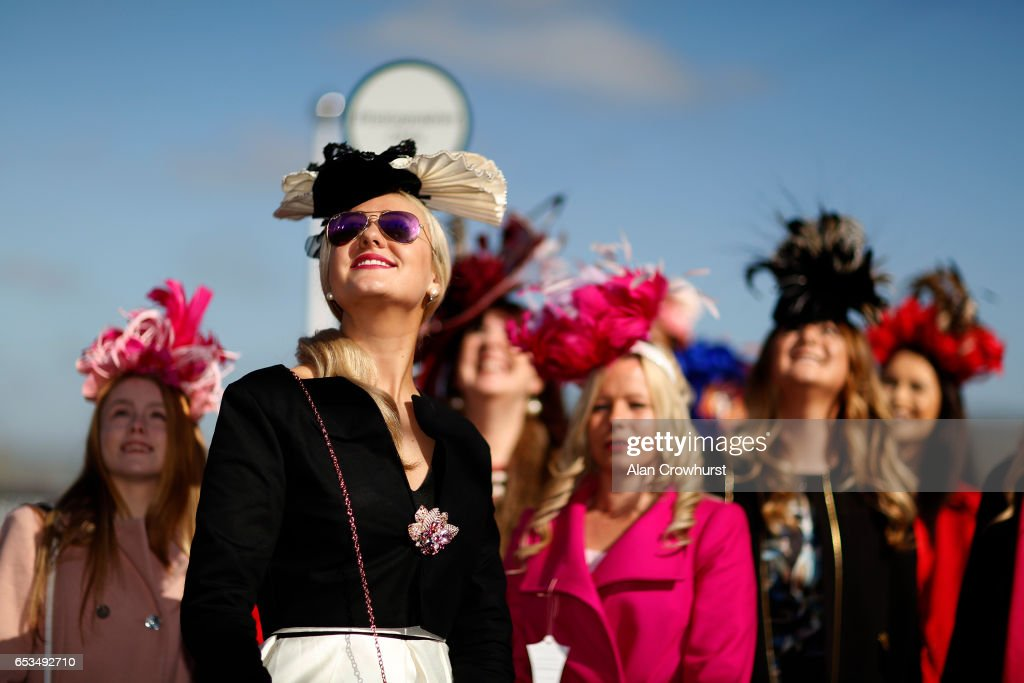 Cheltenham Festival - Ladies Day : News Photo