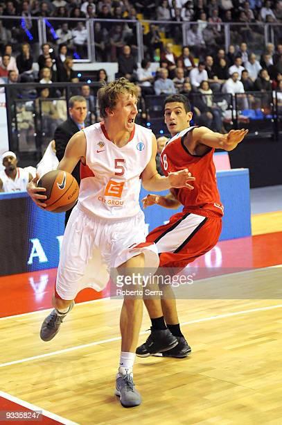 Ladislav Sokolvsky of CEZ Nymburk and Massimo Chessa of Lauretana Biella in action during the Eurocup Basketball Regular Season 20092010 Game Day 1...