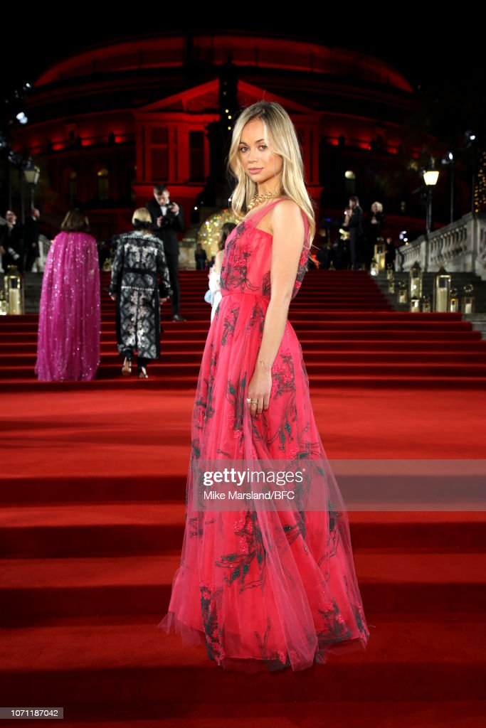 https://media.gettyimages.com/photos/lady-amelia-windsor-arrives-at-the-fashion-awards-2018-in-partnership-picture-id1071187042