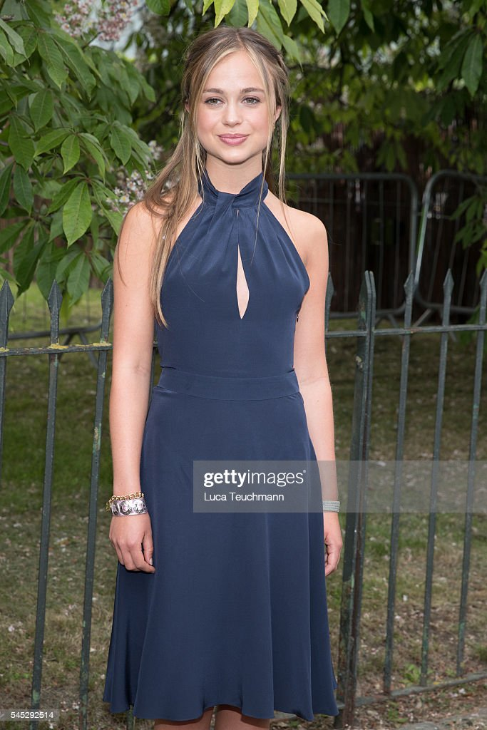 Serpentine Summer Party - Arrivals : News Photo