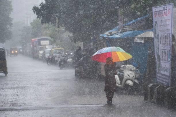 IND: Heavy Monsoon Rain Lashes Mumbai