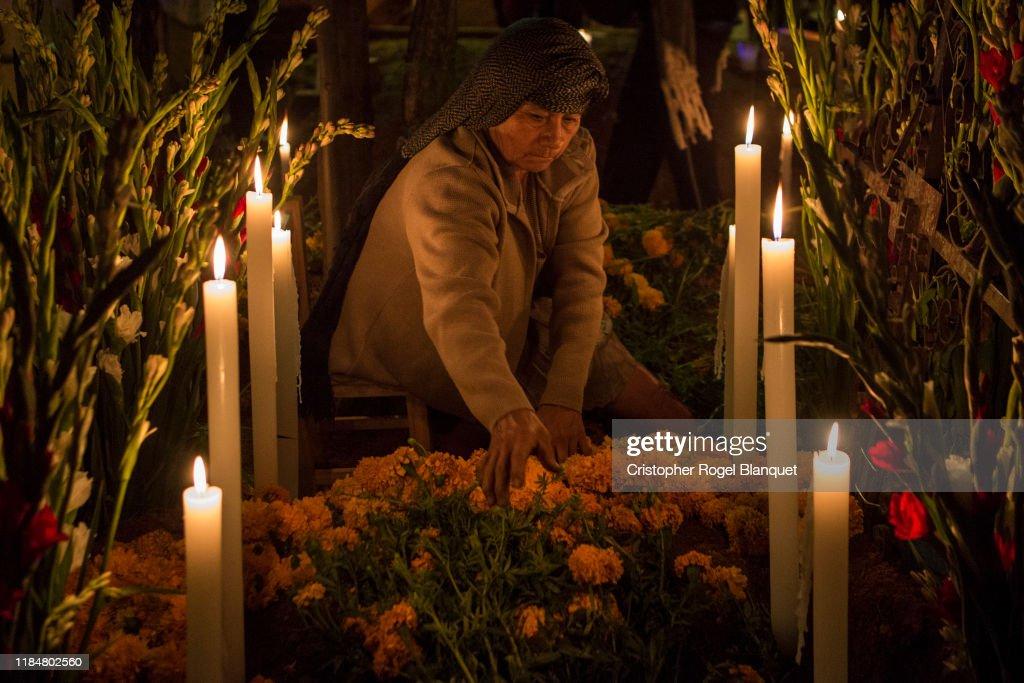 Day Of The Dead Celebrations in Mexico : Foto jornalística