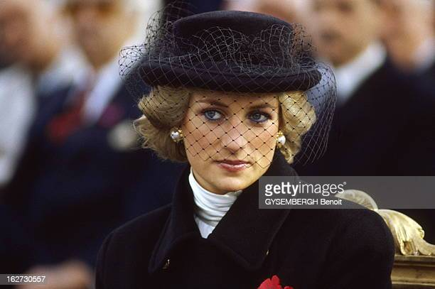 70Th Anniversary Of November 11Th 1918 La princesse Diana Paris o assiste au crmonies commmoratives du 11 Novembre Diana affiche sous la voilette un...