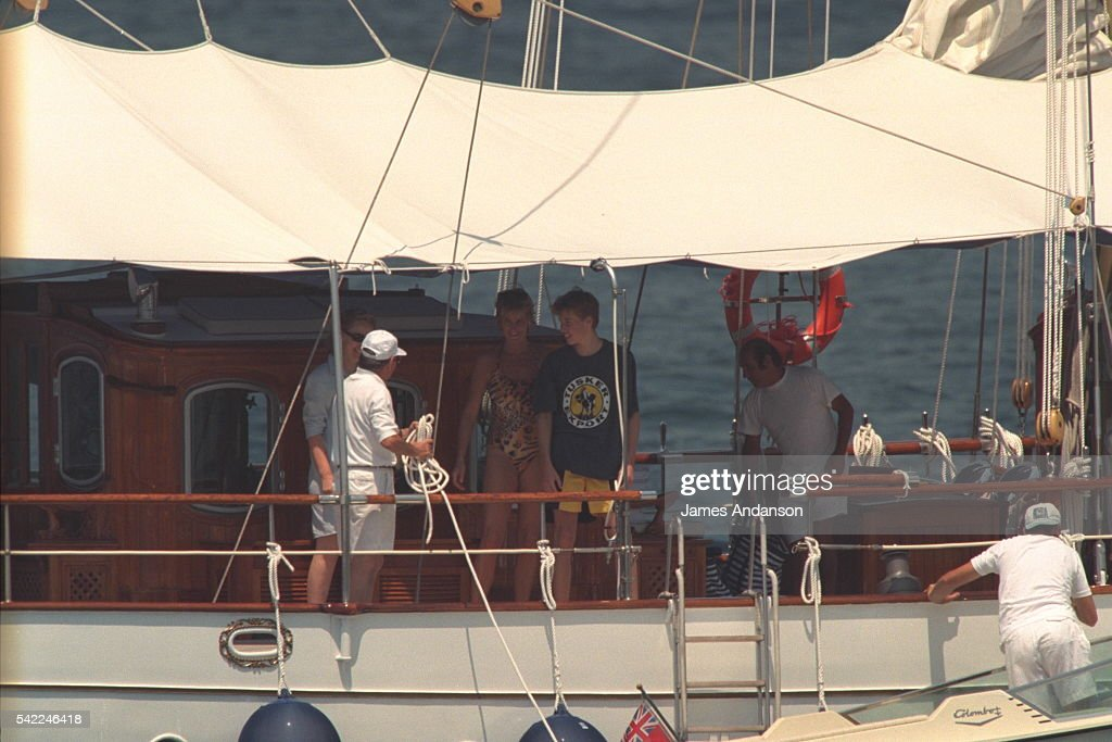 Lady Diana with sons on holiday in Saint-Tropez : News Photo