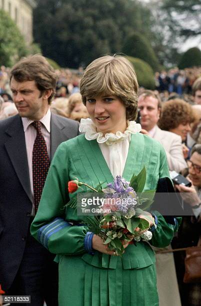Lady Diana Spencer On A Walkabout At Broadlands, The Former Home Of Earl Mountbatten, During Her Engagement. The Frilly Collar, A Distinctive Pie...