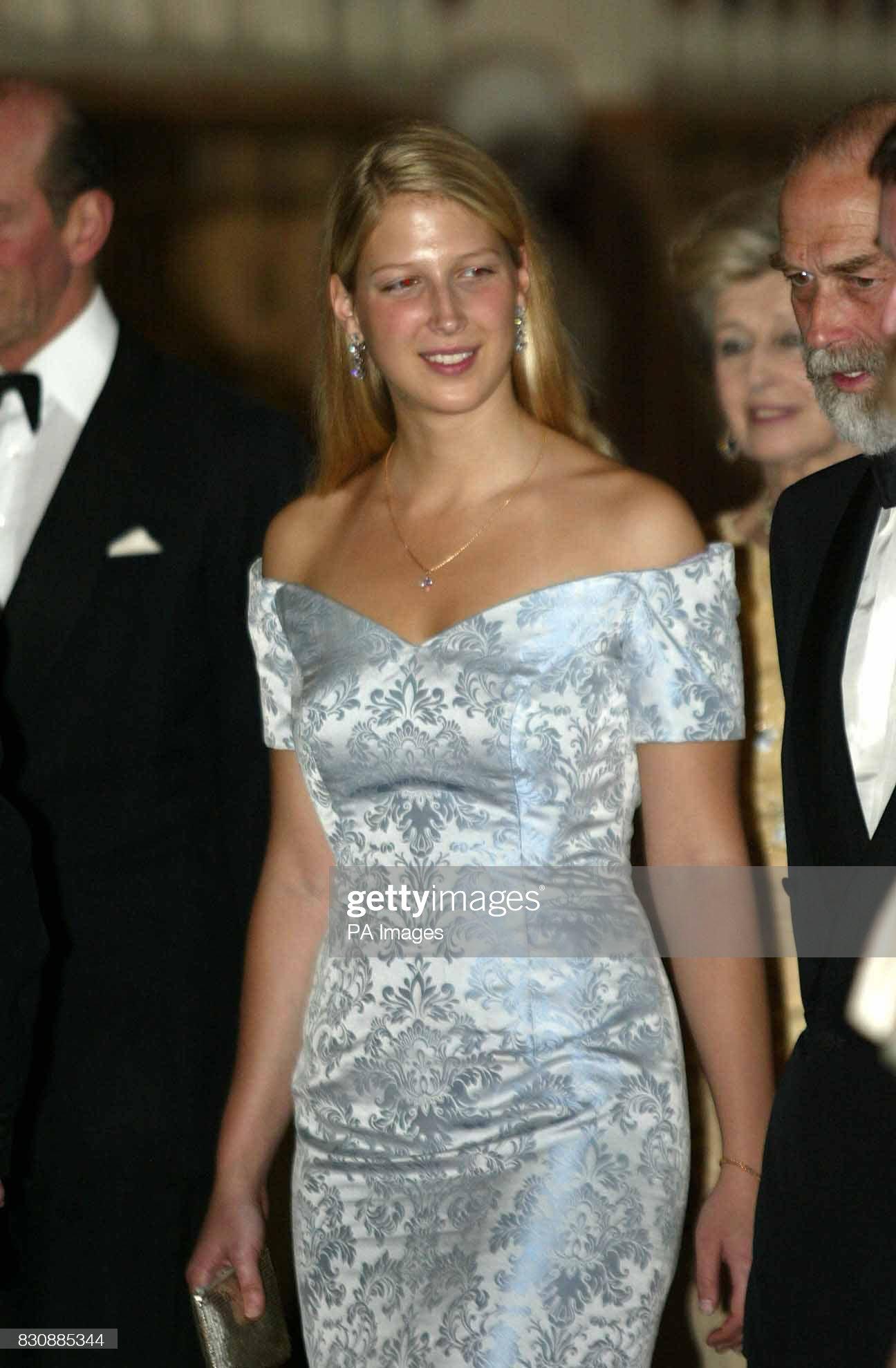 Royalty - Queen Elizabeth II Golden Jubilee : News Photo