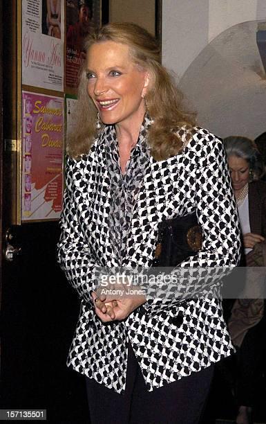 Lady Gabriella Windsor Boyfriend Aatish Taseer Watch Yanna Avis At London'S Jermyn Street Theatre Accompanied By Princess Michael Of Kent