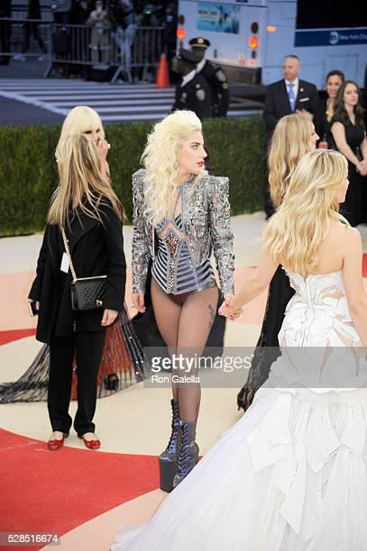Lady Gaga and Kate Hudson at Metropolitan Museum of Art on May 2 2016 in New York City