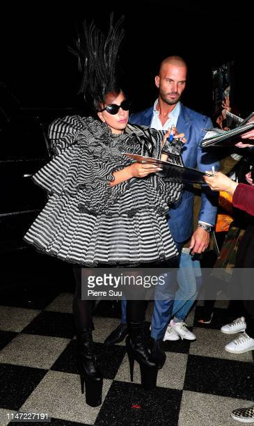 Lady Gaga arrives at her hotel on May 05, 2019 in New York City.