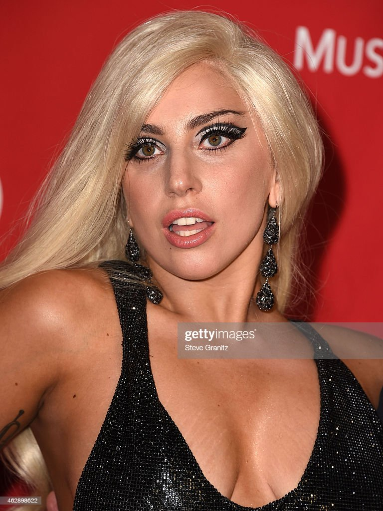 Lady Gaga arrives at the MusiCares Person Of The Year Tribute To Bob Dylan on February 6, 2015 in Los Angeles, California.