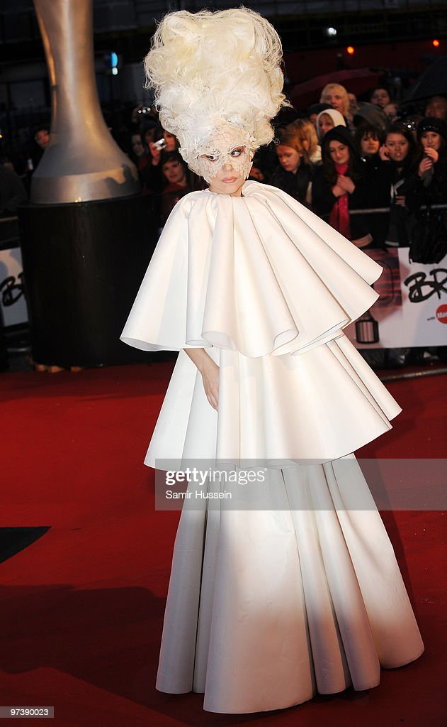 The Brit Awards - Outside Arrivals : News Photo