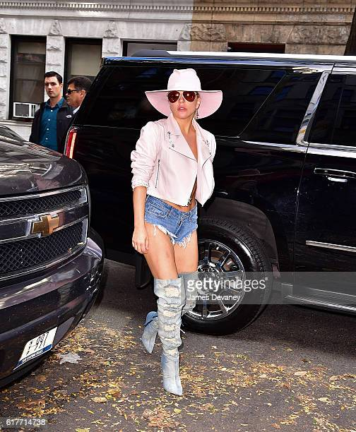 Lady Gaga arrives to Joanne Trattoria restaurant on October 24 2016 in New York City