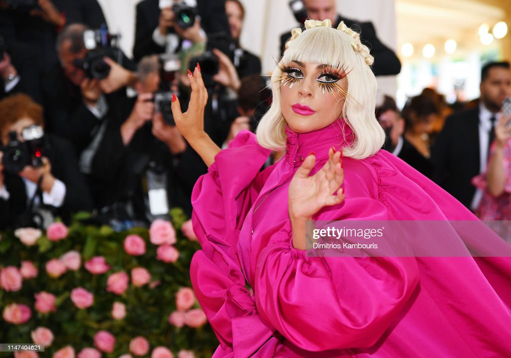 Flames2Go - Lady Gaga - Σελίδα 44 Lady-gaga-attends-the-2019-met-gala-celebrating-camp-notes-on-fashion-picture-id1147404621