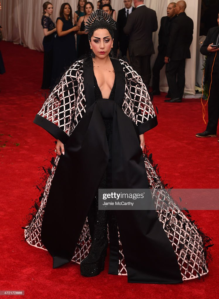 """China: Through The Looking Glass"" Costume Institute Benefit Gala : ニュース写真"