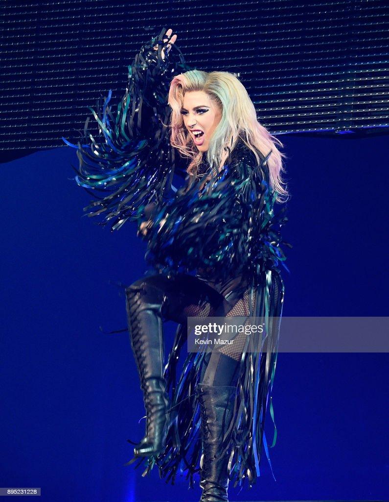 "Lady Gaga ""Joanne"" Tour - Los Angeles : News Photo"