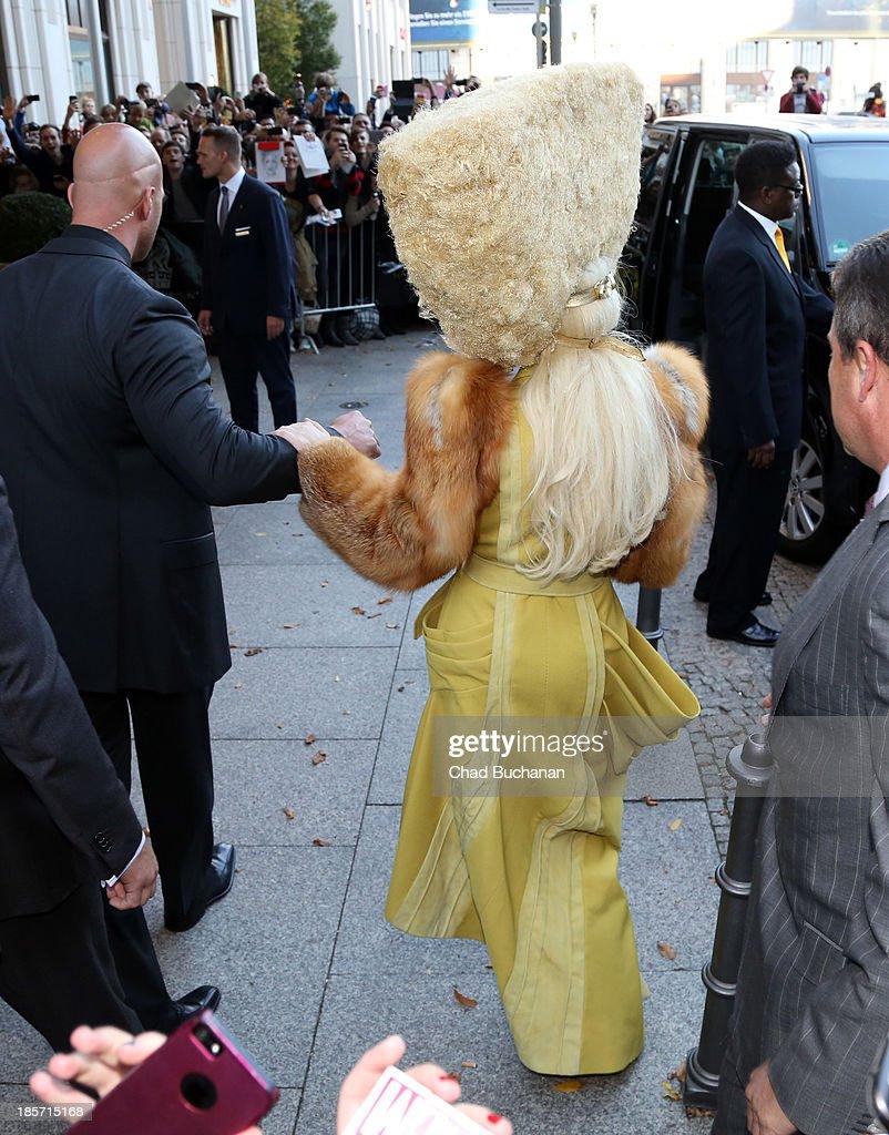 Lady Gaga Presents New Album 'Artpop' : News Photo