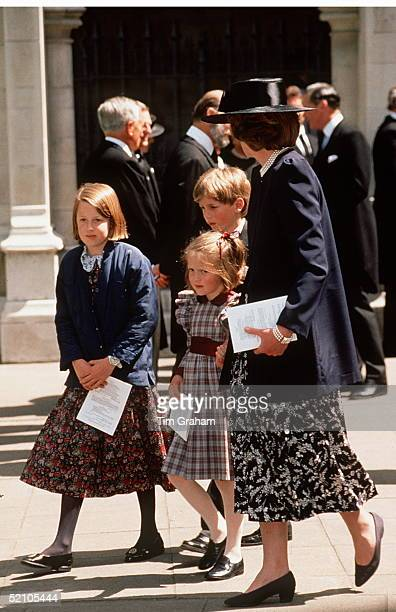 Lady Jane Fellowes With Her Children Laura Alexander And Eleanor Leaving The Memorial Service At St Margaret's Church Westminster Abbey For Her...