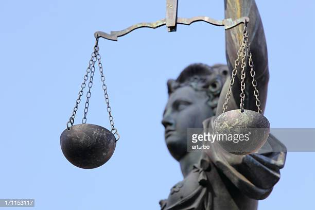 lady justice side view through scale - innocence stock pictures, royalty-free photos & images