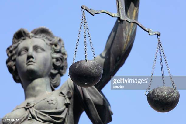 lady justice with scale - juror law stock pictures, royalty-free photos & images