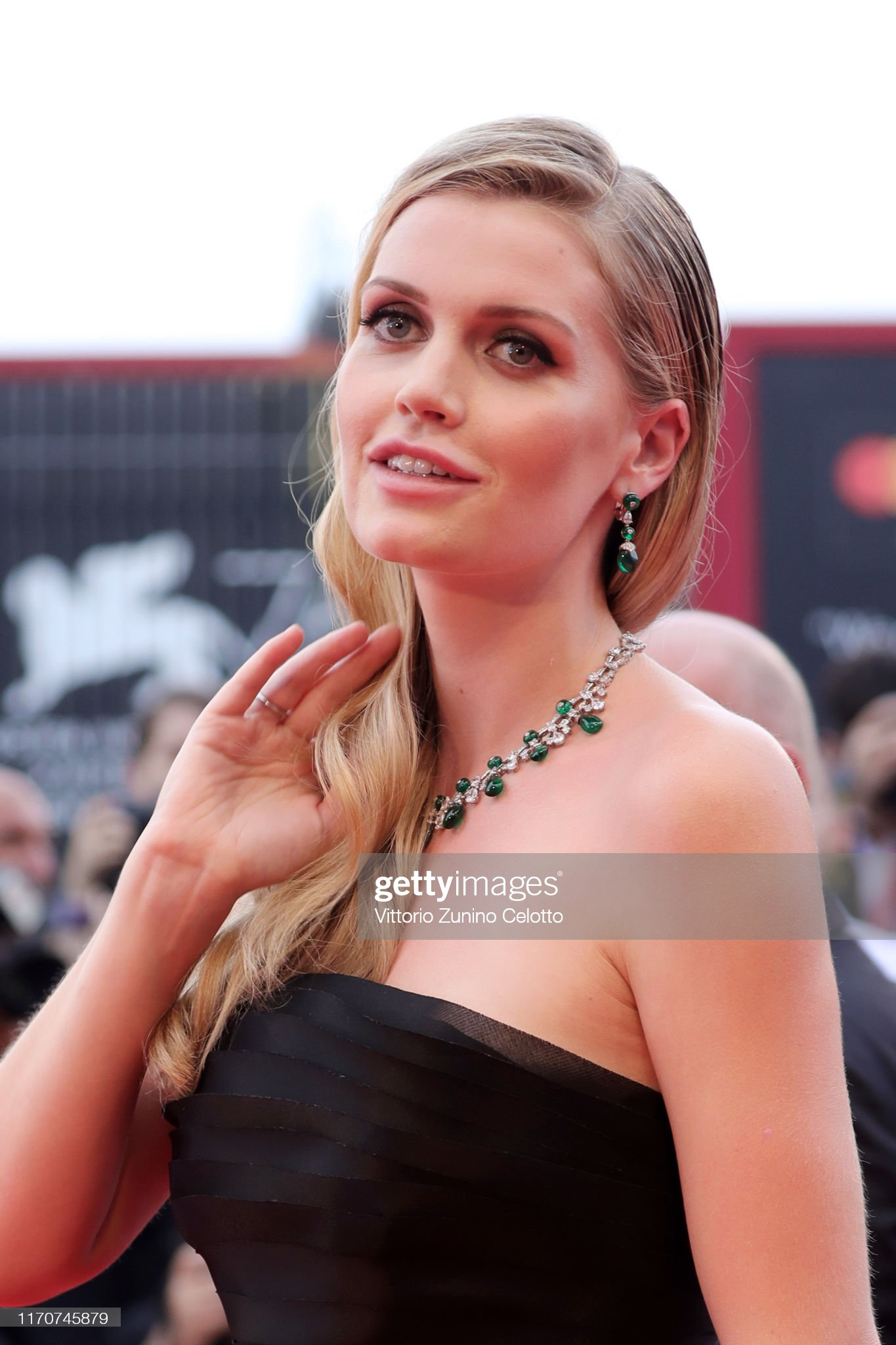 https://media.gettyimages.com/photos/lady-kitty-eleanor-spencer-walks-the-red-carpet-ahead-of-the-opening-picture-id1170745879?s=2048x2048
