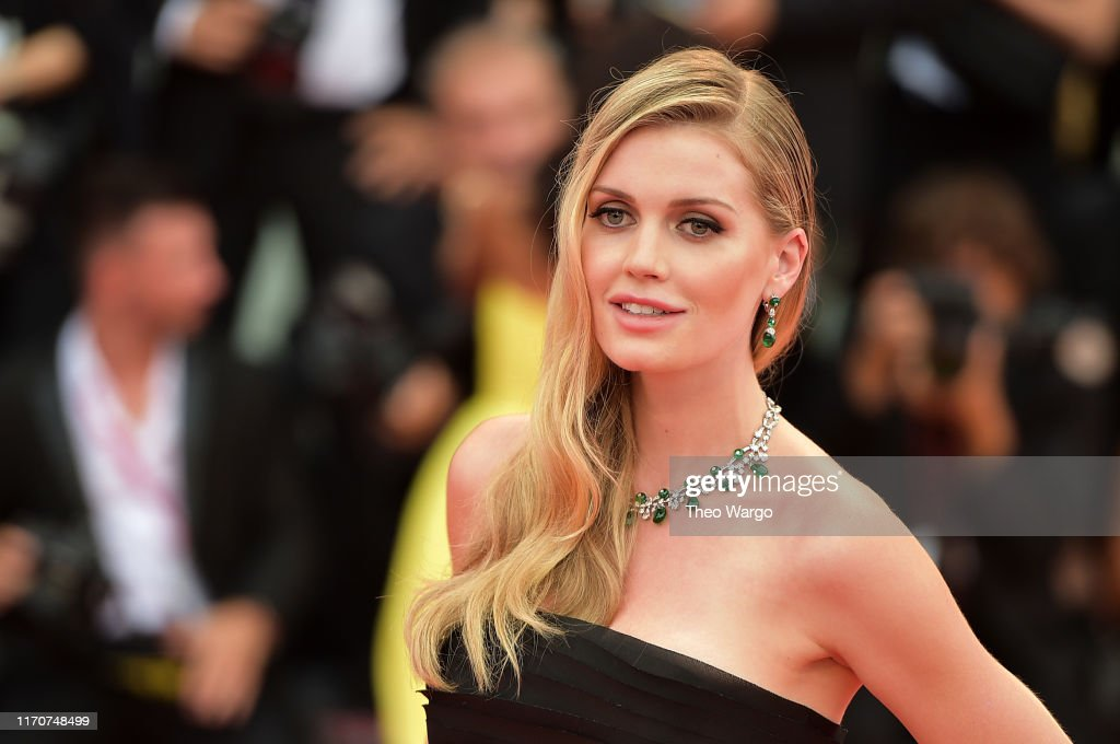 """""""La Vérité"""" (The Truth) And Opening Ceremony Red Carpet Arrivals - The 76th Venice Film Festival : News Photo"""