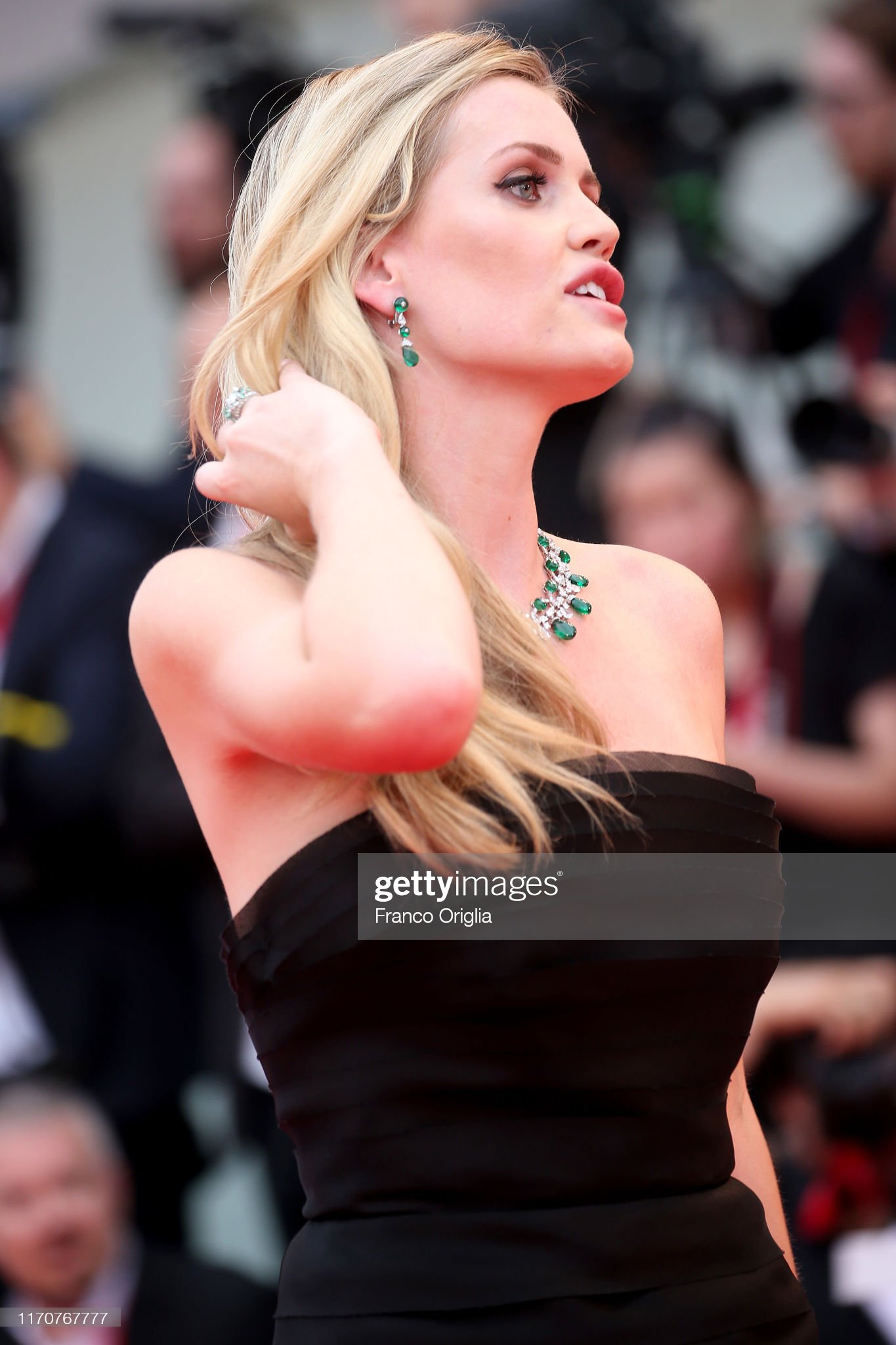 https://media.gettyimages.com/photos/lady-kitty-eleanor-spencer-walks-the-red-carpet-ahead-of-the-opening-picture-id1170767777?s=2048x2048