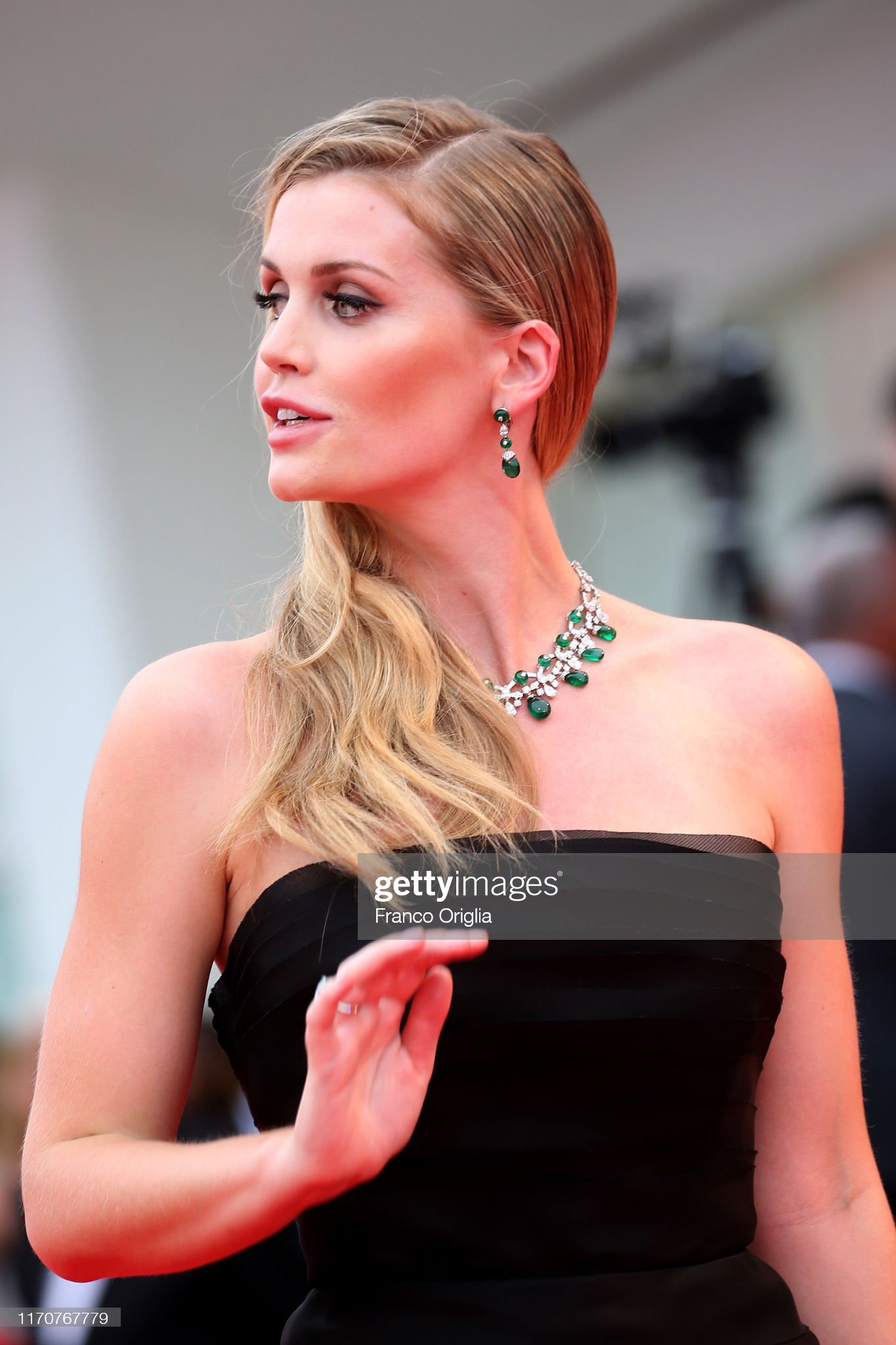 https://media.gettyimages.com/photos/lady-kitty-eleanor-spencer-walks-the-red-carpet-ahead-of-the-opening-picture-id1170767779?s=2048x2048