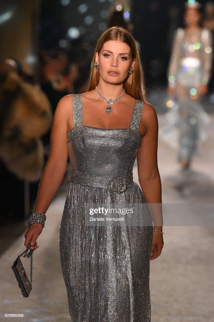 Dolce & Gabbana Secret & Diamond Show : News Photo