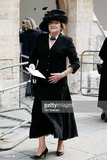 Lady Leonora Lichfield arrives at St Paul's Church in Knightsbridge for a memorial service for Major Bruce Shand on September 11 2006 in London...