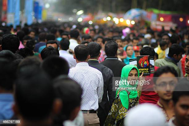 CONTENT] Lady selling book in Yearly Book Fair held in Dhaka University Bangladesh 2011