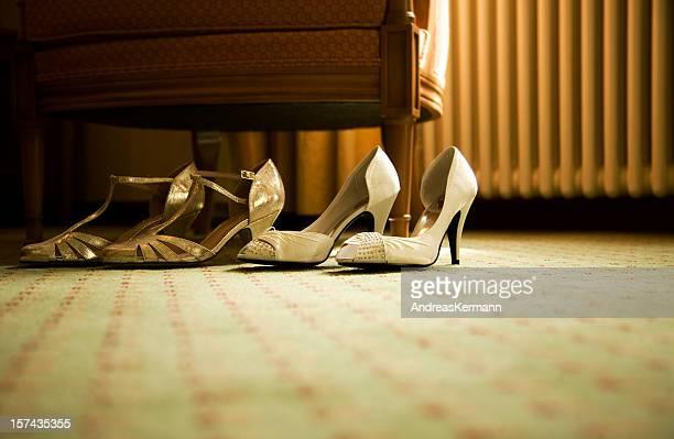 lady shoes - pump schoen stockfoto's en -beelden