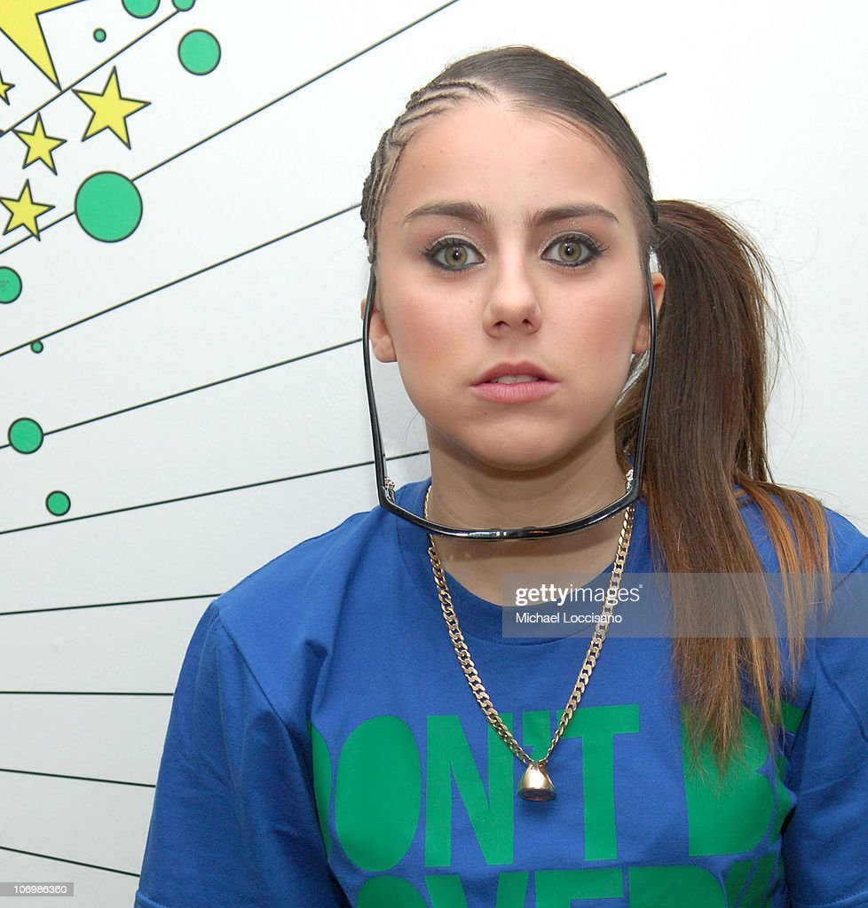 """Gene Simmons and Paul Stanley of Kiss, and Lady Sovereign Visit MTV's """"TRL"""" -"""
