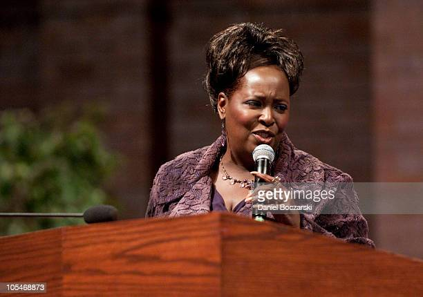 Lady Tramaine Hawkins performs during the memorial service for Albertina Walker at the Apostolic Church of God on October 14, 2010 in Chicago,...