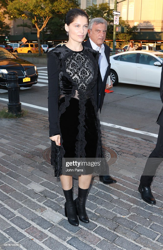 laetitia casta is seen around spring 2016 new york fashion week shows photo d 39 actualit. Black Bedroom Furniture Sets. Home Design Ideas