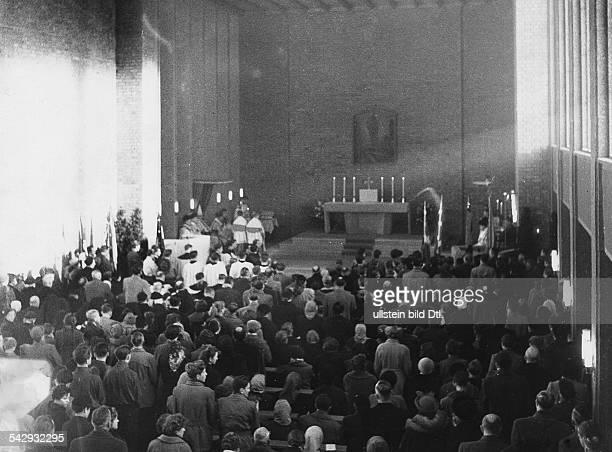 Lager Friedland Messe für Russlandheimkehrer 1955