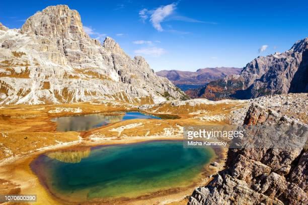 laghi del piani, dolomite alps, italy - dolomiti foto e immagini stock