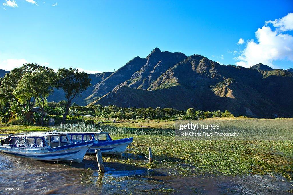 Lago de Atitlan : Stock Photo