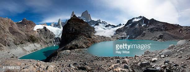 lago de los tres - fitzroy - três pessoas stock pictures, royalty-free photos & images