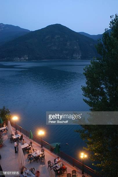 Lago di Ledro See Reise Italien/Europa in der Nähe vom Gardasee GardaSee Berg Berge Dämmerung Abendstimmung