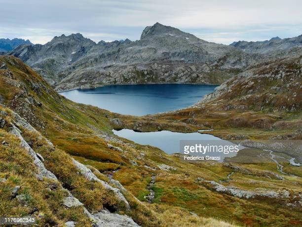 lago di val sabbia alpine tarn and lago naret reservoir at alpe naret - ascona stock pictures, royalty-free photos & images